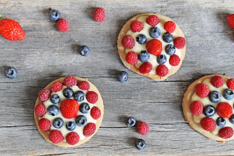 Gluten free red fruits pie