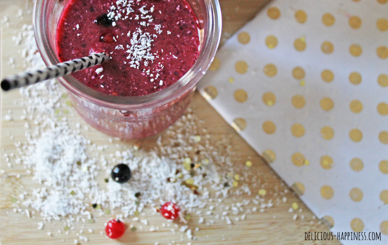 Berry & coconut dairy free smoothie