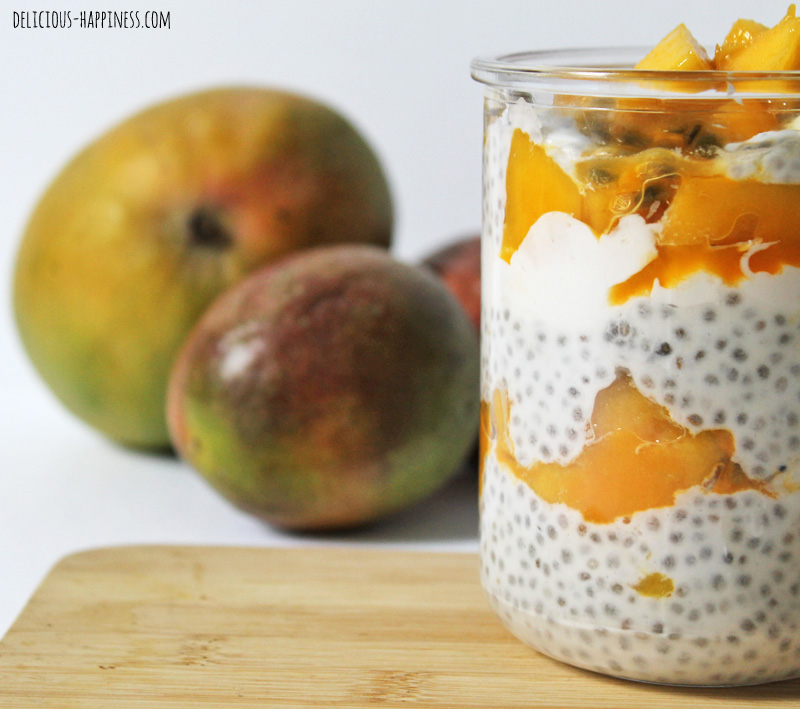 Vegan and gluten free Mango chia seeds pudding
